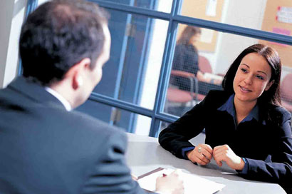 Quando vale a pena entrar em contato com a empresa depois da entrevista?